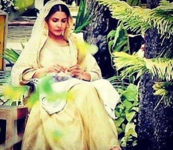 Anushka Sharma bridal Look from the sets of movie Phillauri