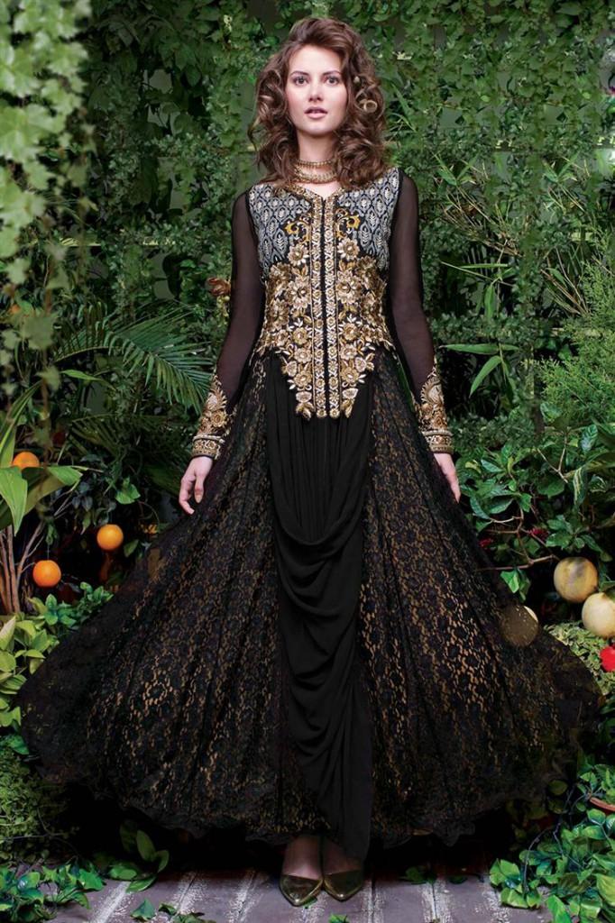 Enthralling Black Color Evening Party Wear Net Gown