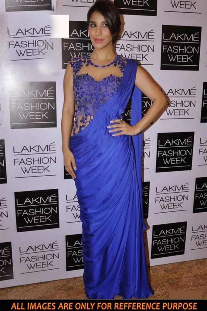 Sophie Choudry Blue Color Bollywood Replica Chiffon Saree